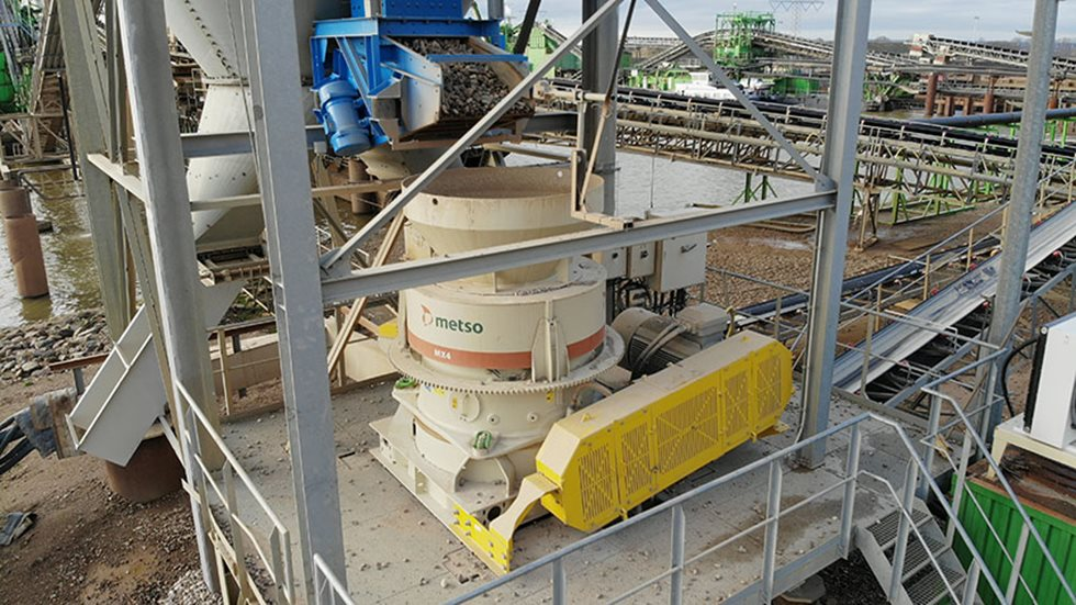 MX4 cone crusher at the Grensmaas' project