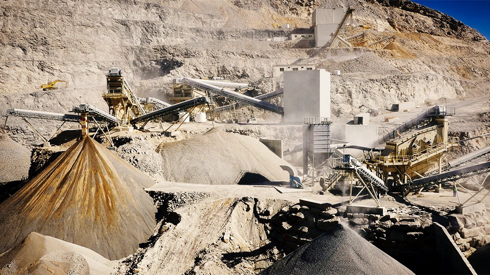 Crushing and screening plant at Riddhi Siddhi quarry.