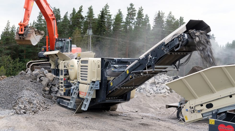 Metso crushing equipment at  Sydänmaa farm's site