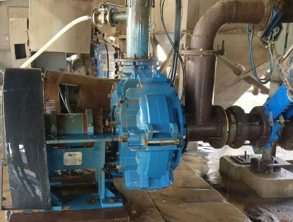 A slurry pump pictured at Jindal Saw site.