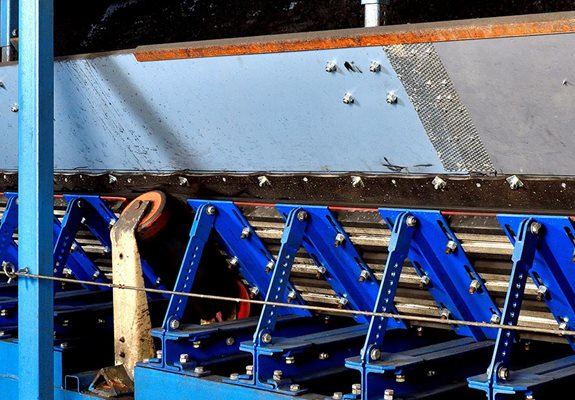 Conveyor loading systems.