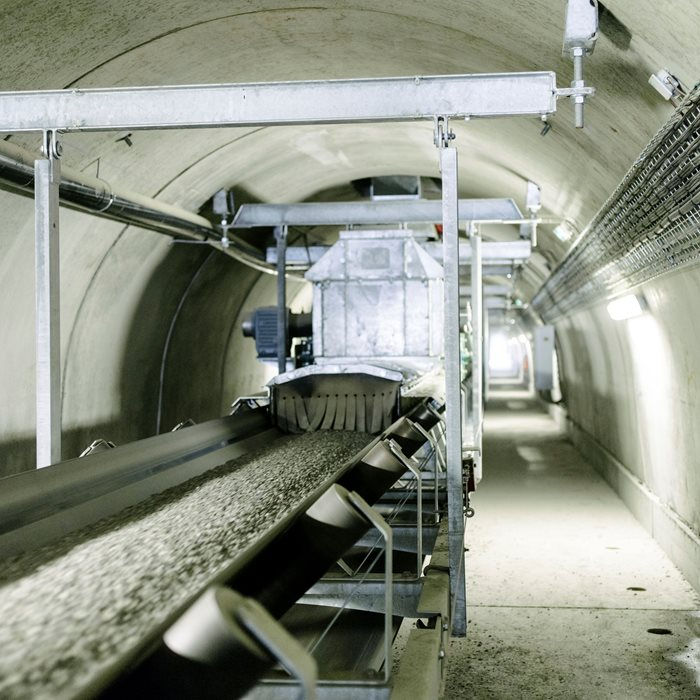 Underground conveyors in mining provides a viable solution for compact space needs that bring high productivity and dust control.